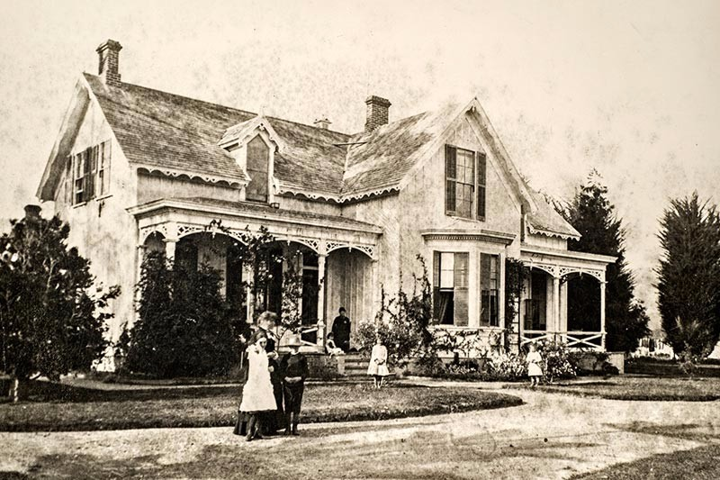 stow-house